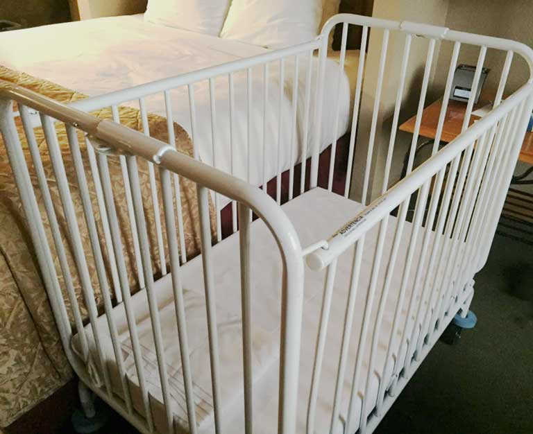 example of hotel cribs