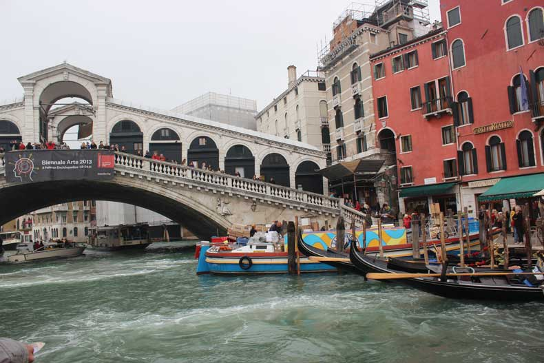 Rialto Bridge Venice, Italy top things to see