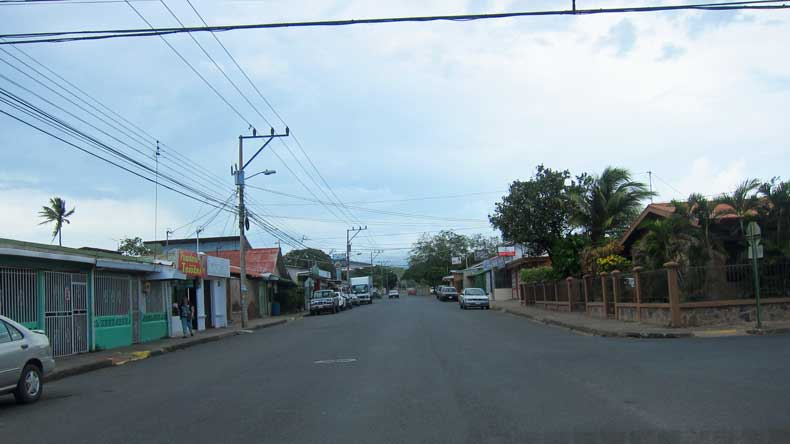 Is it safe to drive in Costa Rica - small town