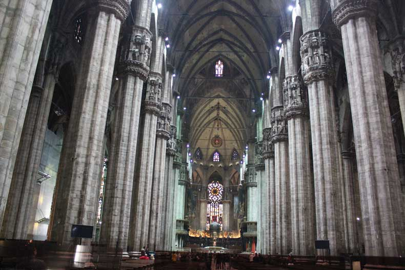 Things to do in Milan one day tour inside the Duomo