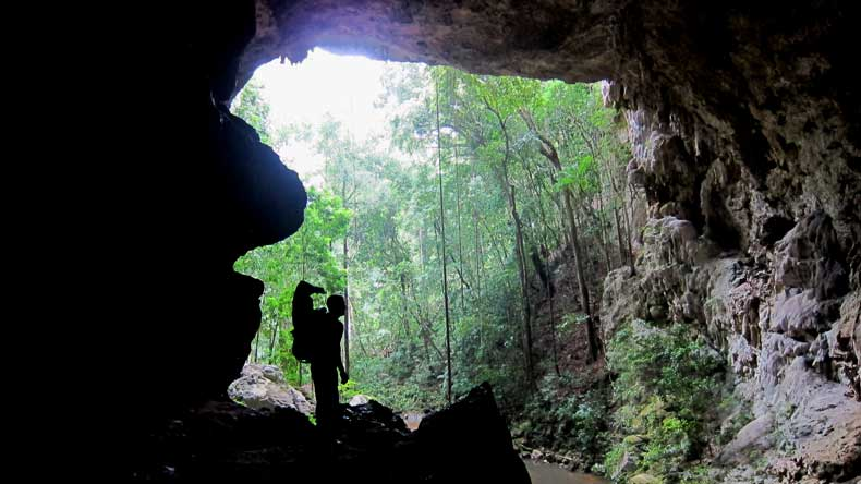 Caves in Belize with kids