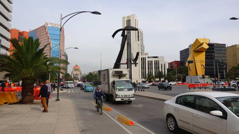 Things to do in Mexico City - Paseo de Reforma