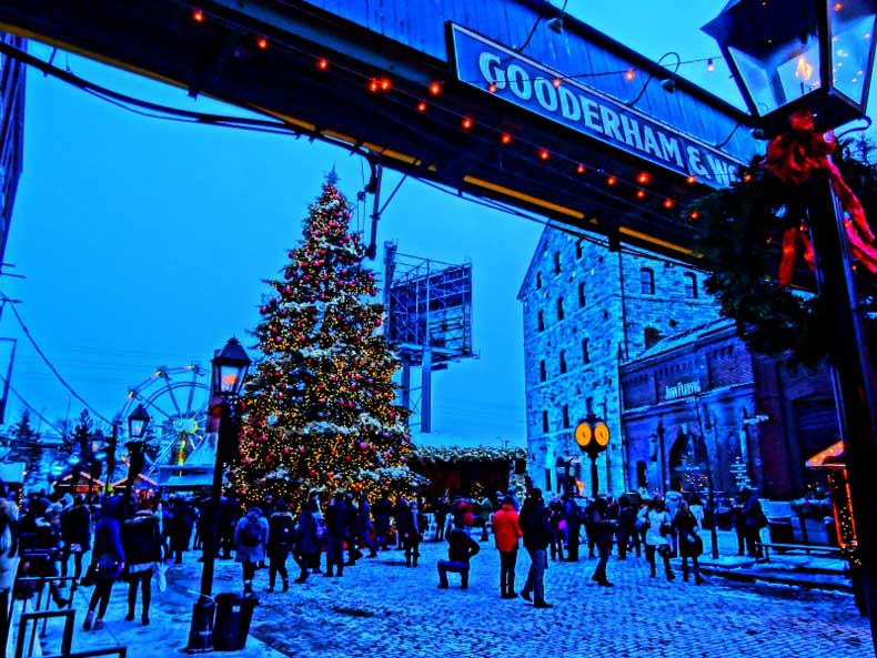 Best Christmas Destinations - Toronto