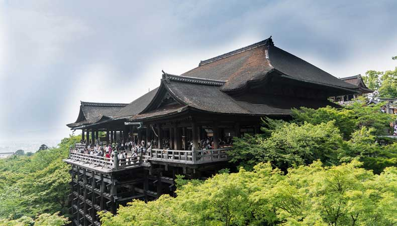 Japan with kids - Kiyomizu-dera