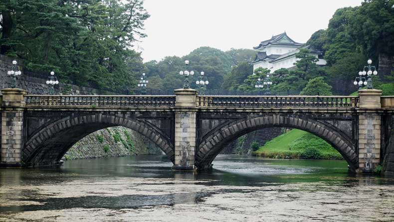 Tokyo with kids- Imperial Palace