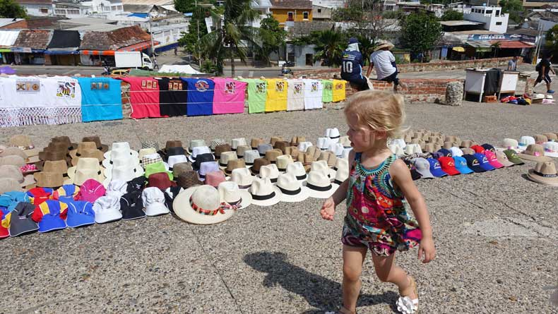 Cartagena travel tips vendors