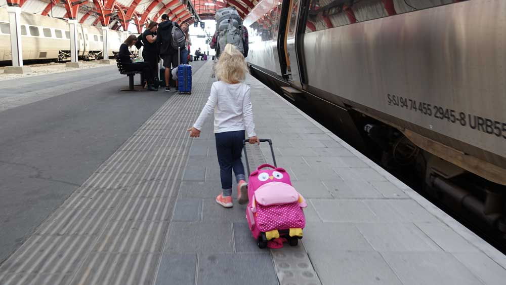 gifts for traveling kids