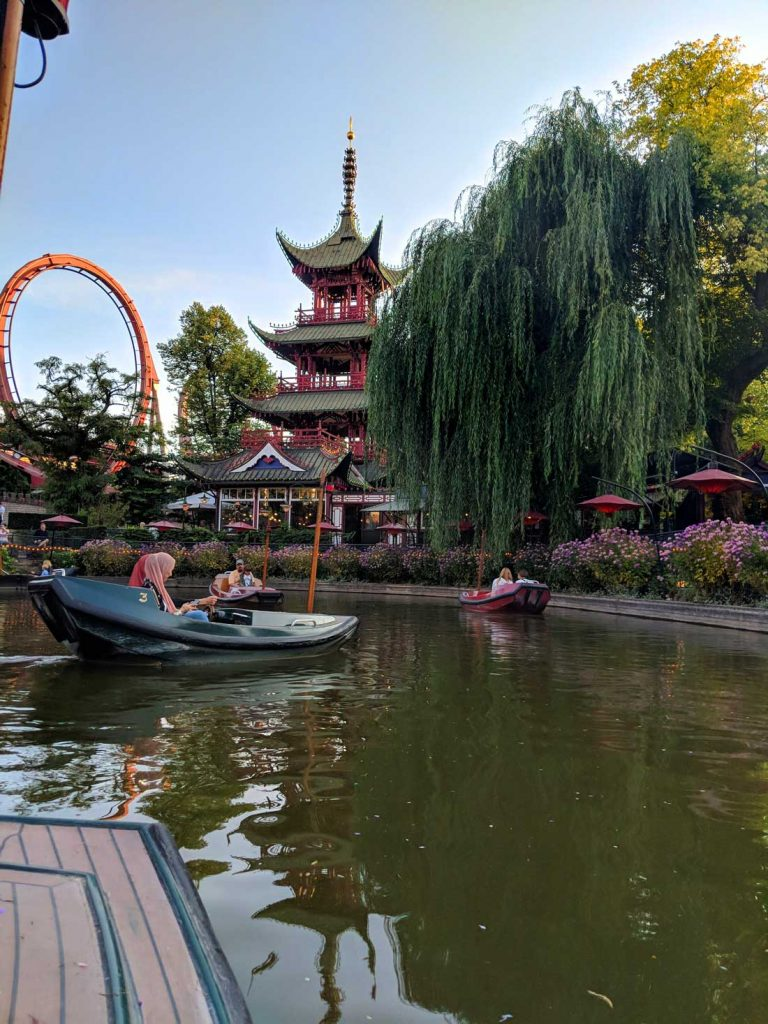 Rides at Tivoli Gardens - Dragon Boats