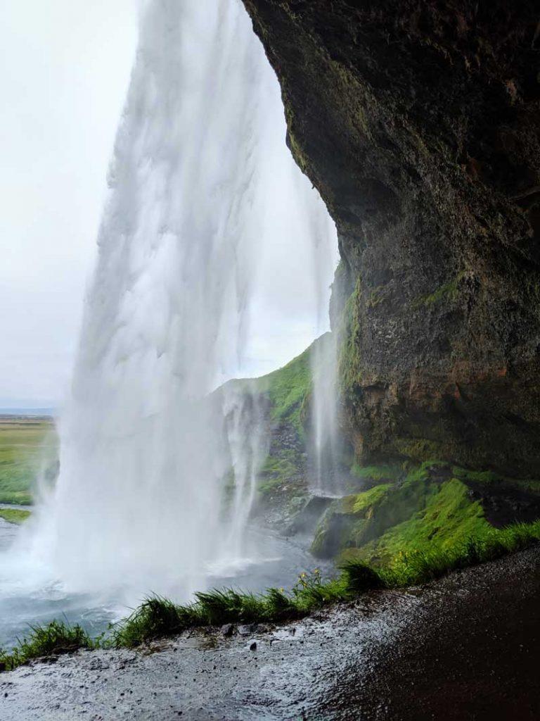 fun facts Iceland - Fairy Falls waterfall