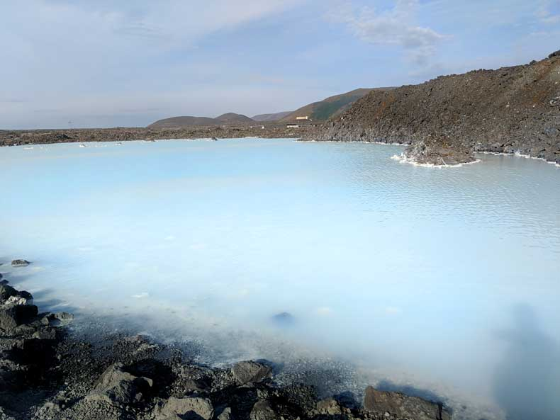 Iceland Blue Lagoon tips - image of blue water in lagoon