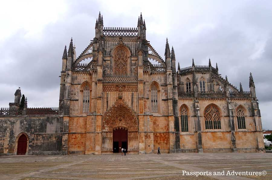 exterior of the monastery of Batalha, a short day trip from Lisbon Portugal
