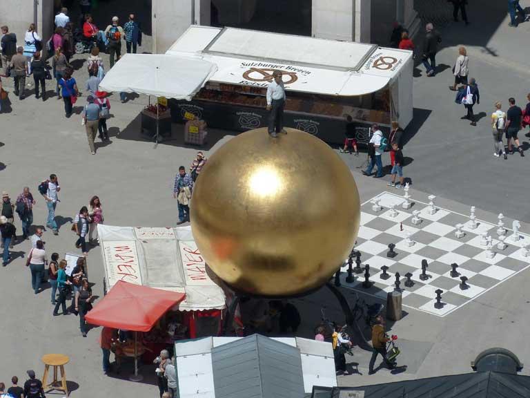 Kapitelplatz and the Sphaera Goldkugel statue