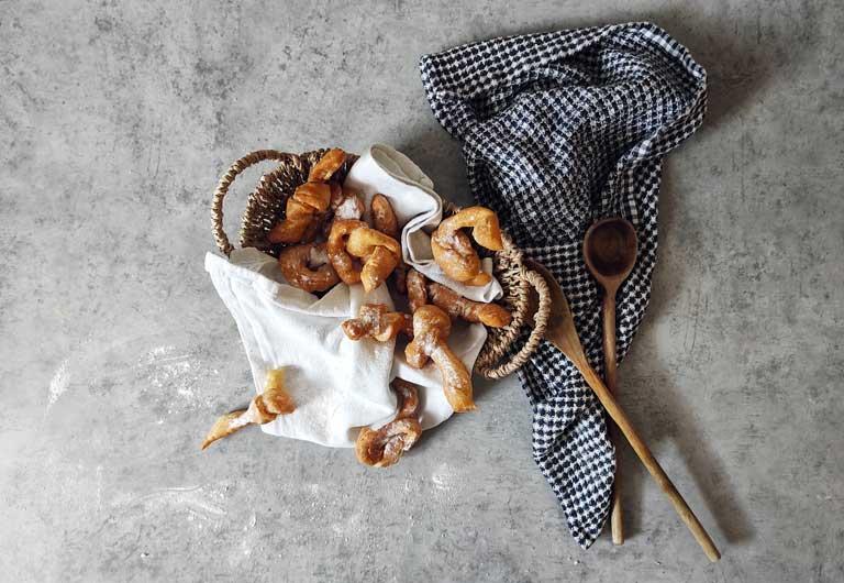 Krostule, a knot-shaped Croatian dessert