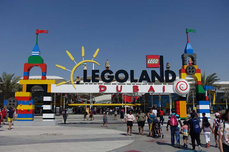 the entrance to Legoland Dubai, one of the best theme parks in Dubai for kids.