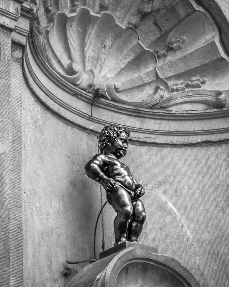 Manneken Pis, the smallest of the most famous statues in Europe