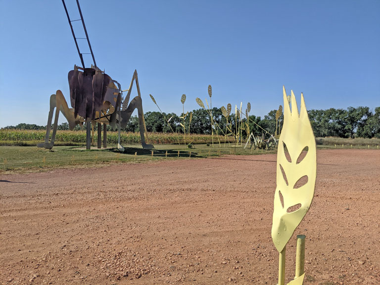 Grasshopper in the Field sculpture along the ND Enchanted Highway