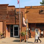 13 AWESOME things to do in Medora, North Dakota with kids